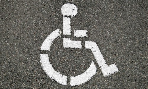 Nessun fermo amministrativo sul veicolo per trasporto del disabile